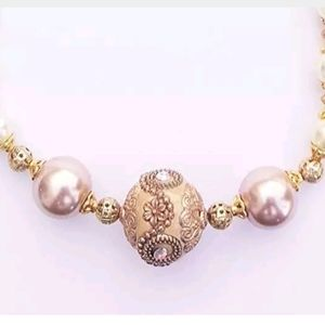 Cream Pearls & Gold~Necklace & Earrings Set